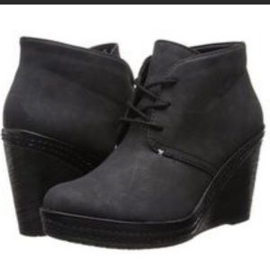 Dr.Scholls Bethany black wedge booties 9